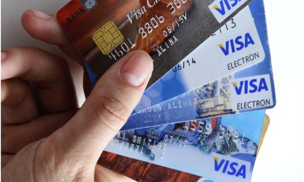 Телефоны Самсунг превратили вустройства для кражи денежных средств скарт