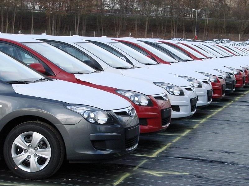 Каждый четвертый россиянин покупает новый автомобиль за 1,5 млн рублей