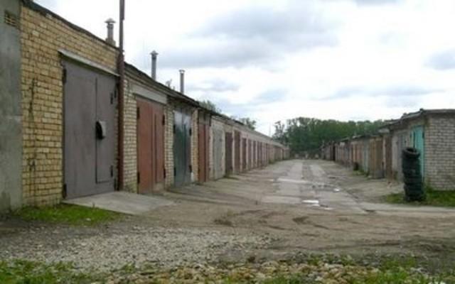 В столице натерритории гаражного комплекса обнаружили мужское тело