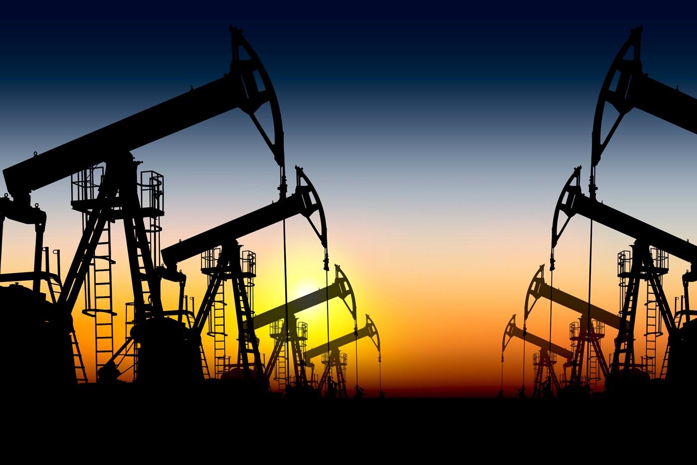 Нефть подешевела после данных об увеличении числа буровых установок в США