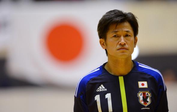 50-летний японец Миура стал самым возрастным футболистом вмире