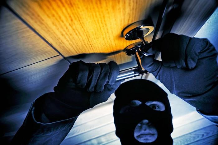 ВНовомосковске злоумышленники два раза ограбили одну квартиру
