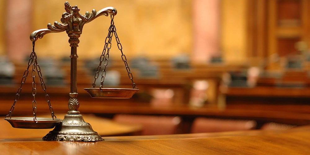 Государственная дума приняла законодательный проект огарантии независимости юристов вуголовном процессе