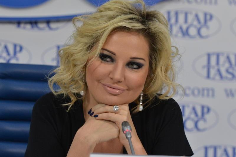 Мария Максакова причислила себя кэлите РФ