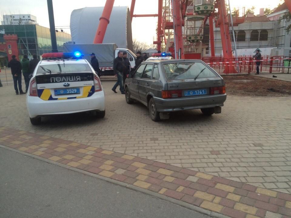 ВХарькове мужчина спрыгнул ссамого высочайшего вгосударстве Украина колеса обозрения