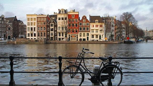 Политики США предоставляли средства крайне правым вНидерландах перед выборами