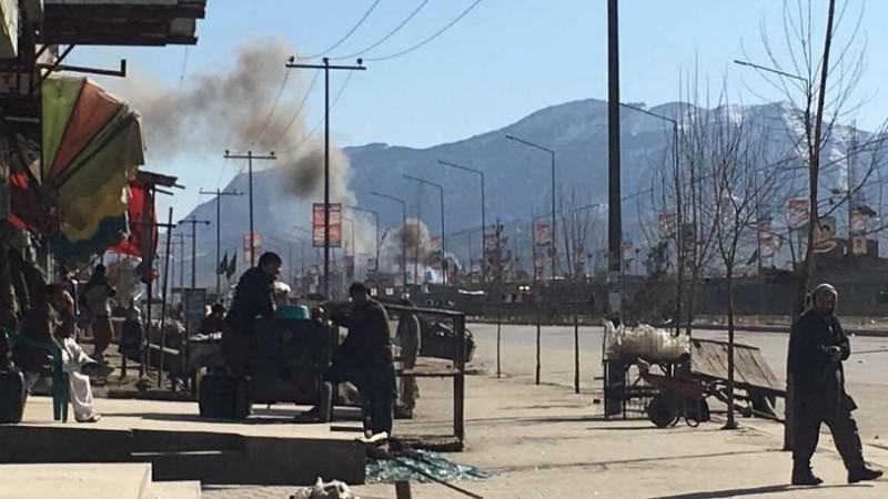 Напавшие нагоспиталь вКабуле боевики захватили заложников