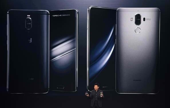 Смартфон Huawei P10 стал доступен попредзаказу вевропейских странах