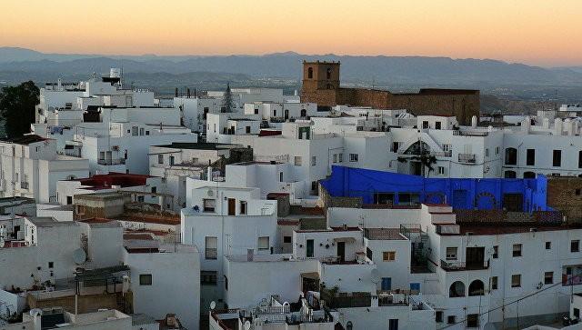Испанская милиция нашла семь контейнеров совзрывчаткой рядом сФранцией