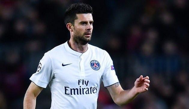 Футболист ПСЖ травмировал болельщика ваэропорту Парижа после поражения от«Барселоны»