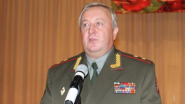 Генералу Варчуку предъявлено обвинение вполучении взятки вособо крупном размере