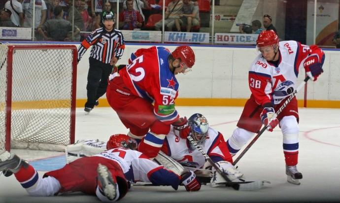 Хоккейный ЦСКА повёл всерии с«Локомотивом»