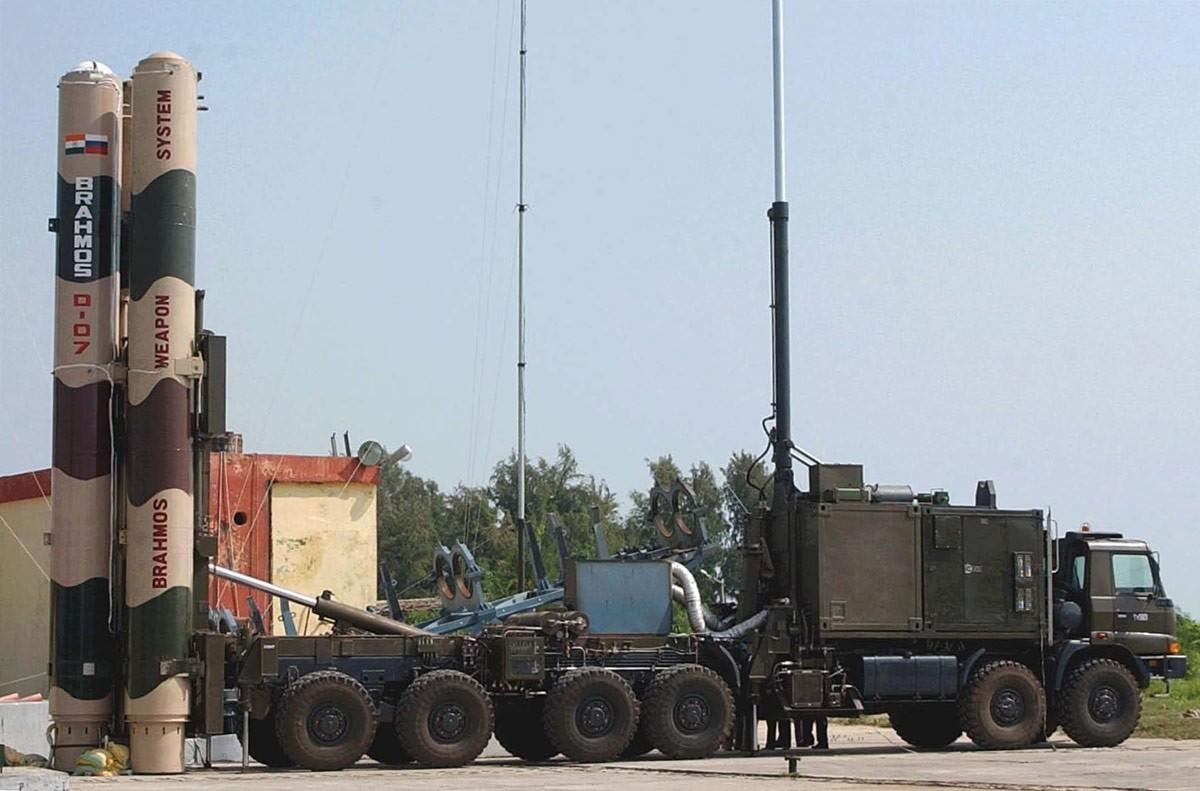 Индия проверила ракету «БраМос» сувеличенной дальностью полета