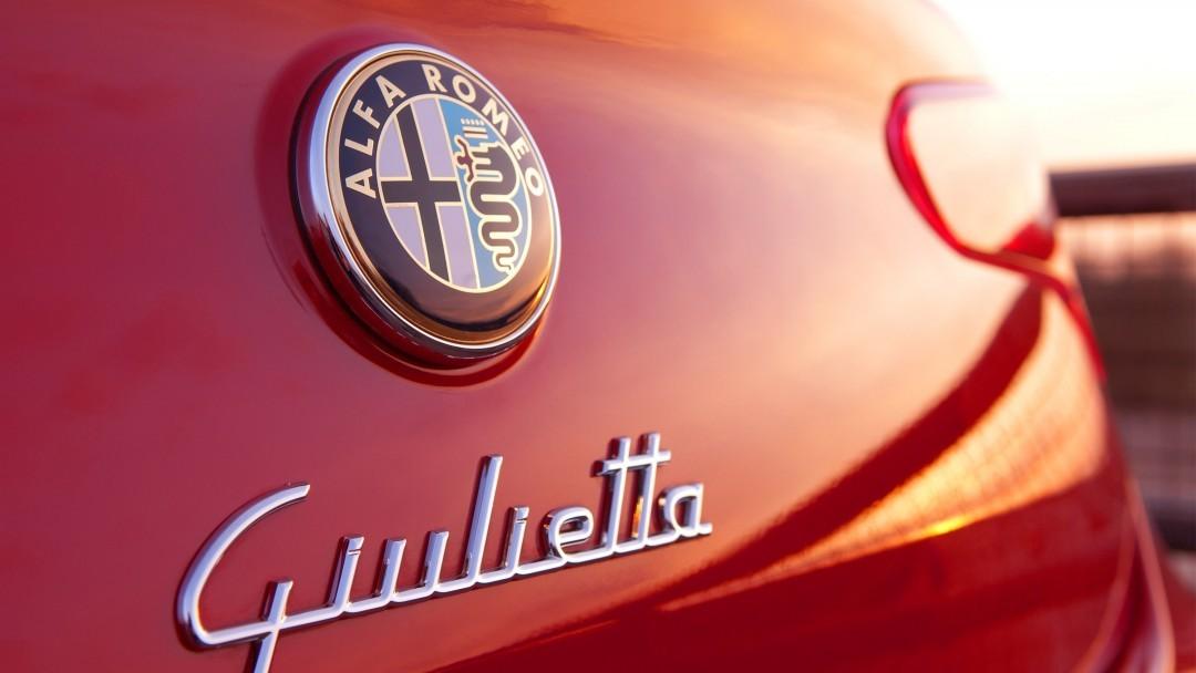 Альфа Ромео небудет обновлять модели Giuletta иMiTo