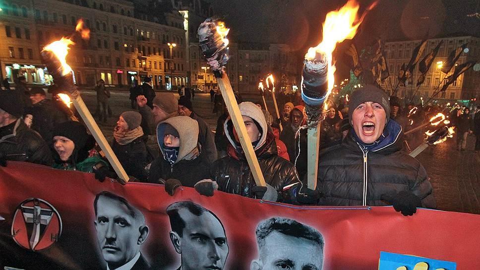 «Правый сектор» открыл огонь побригаде ВСУ