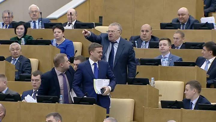 Фракция ЛДПР вернулась взал заседаний Государственной думы  без Владимира Жириновского