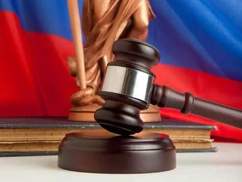 ВЕкатеринбурге двое обвиняемых явились всуд снаркотиками
