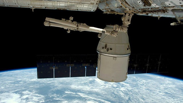 Возвращение на Землю космического грузовика Dragon запланировано на 19 марта