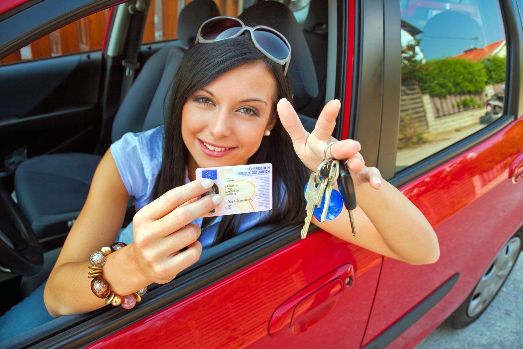 Компания Вольво  несомненно поможет  студентам новенькими авто