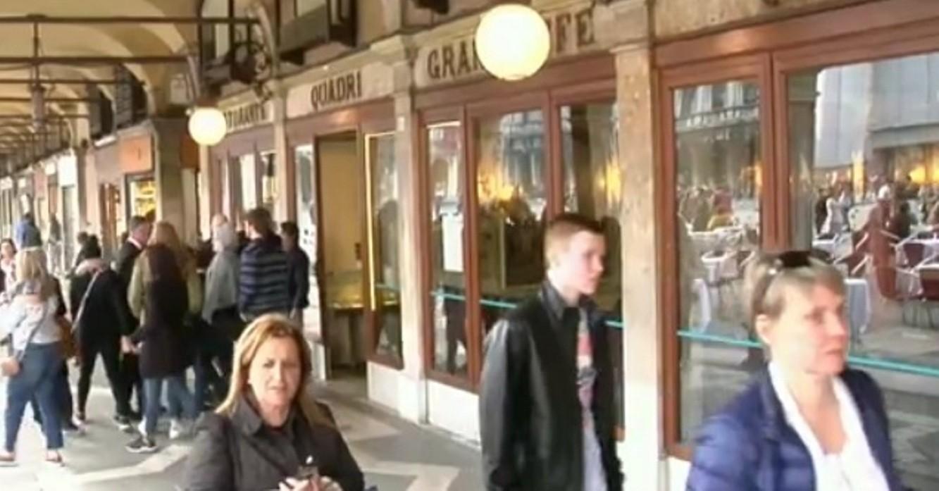 Нахальное ограбление сдымом вВенеции остановили продавщицы «ювелирки»