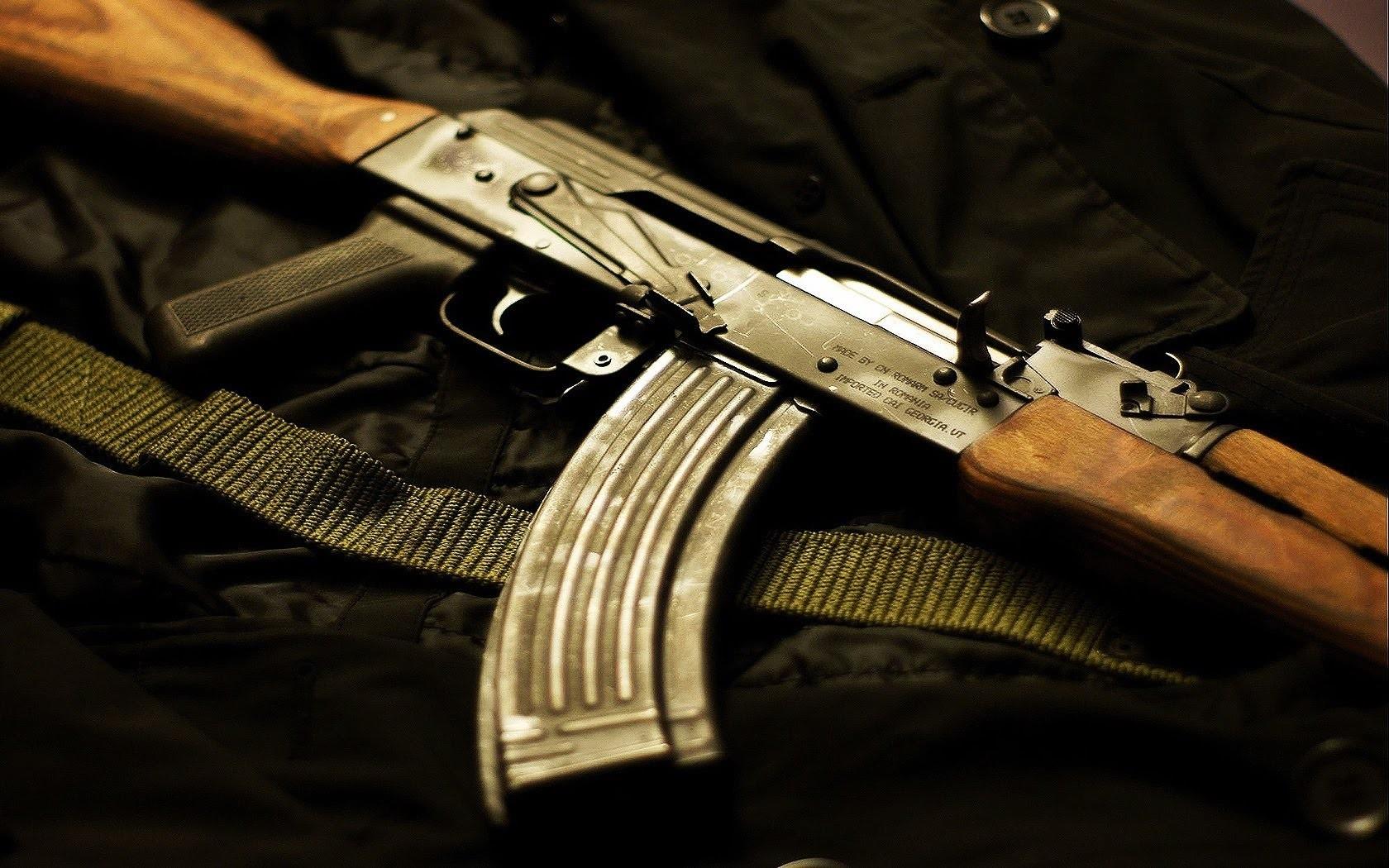 Автомобиль кандидата в народные избранники  обстрелян вАбхазии
