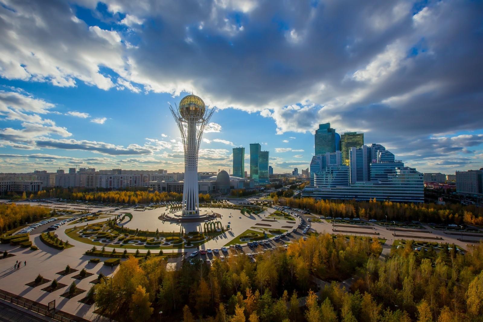 Нашедшийся вКазахстане русский физик вернулся домой