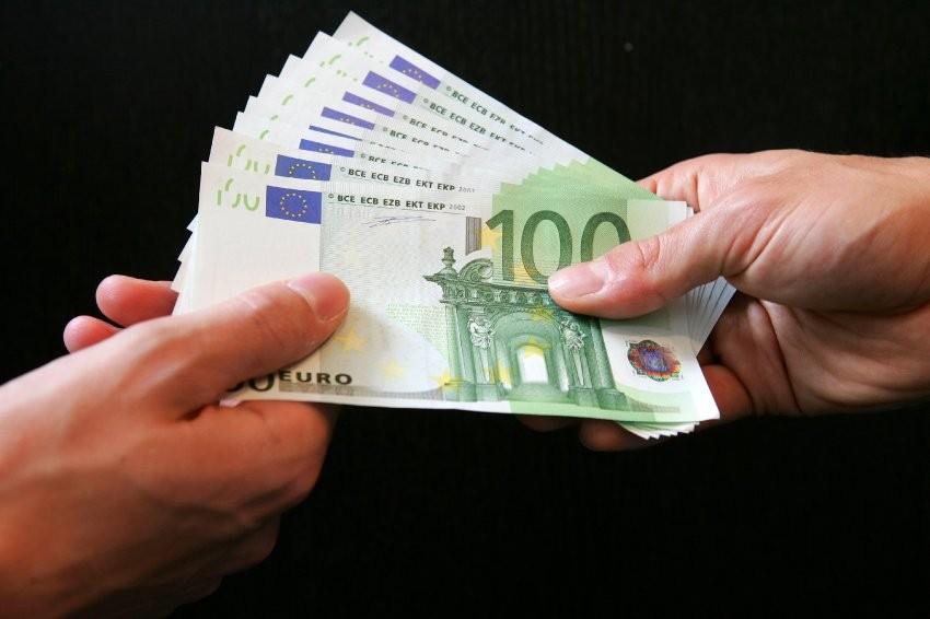 Австрийского министра образования подозревали вкоррупции