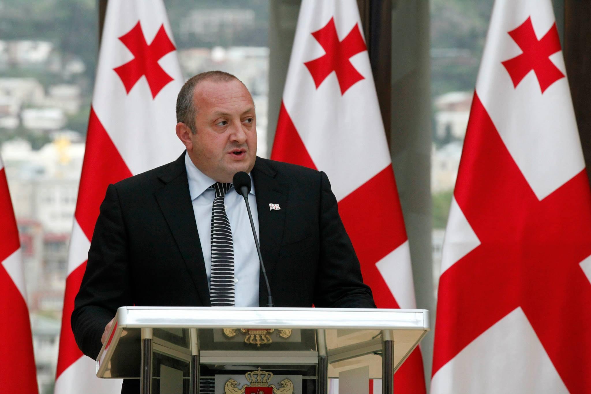 Грузинский президент отказался подписывать законы о«прослушке»