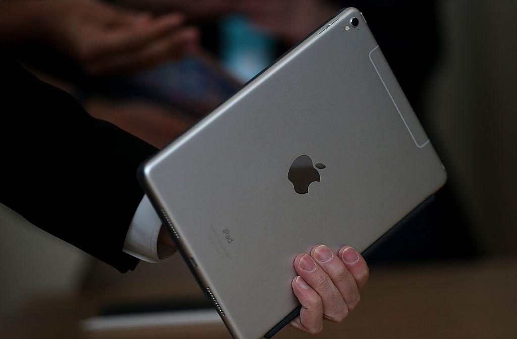 Apple представила новый 9,7-дюймовый iPad