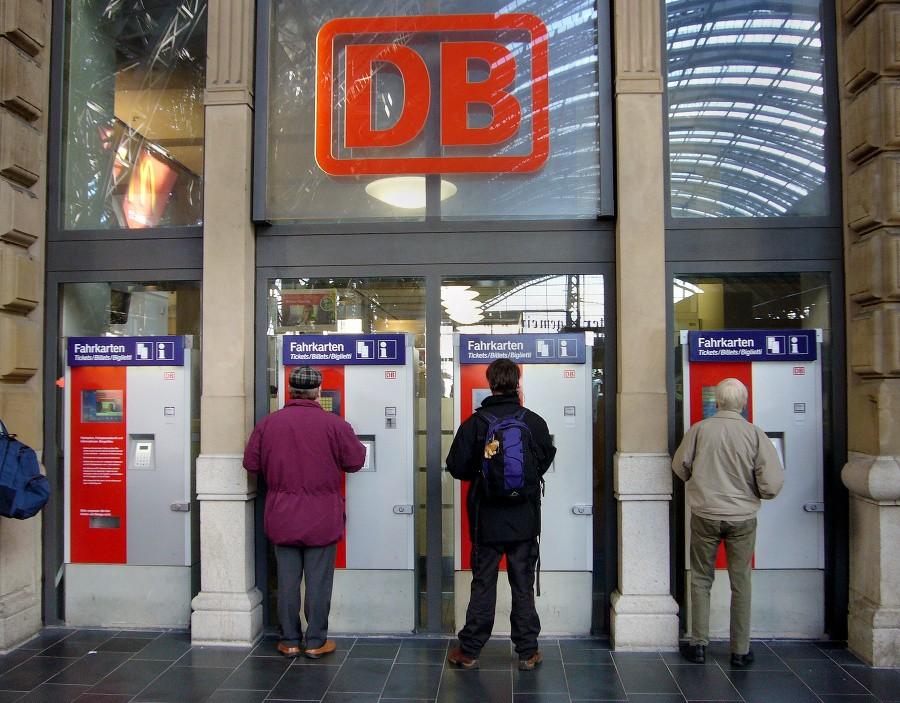 Мужчина умер в итоге взрыва билетного автомата навокзале вГермании