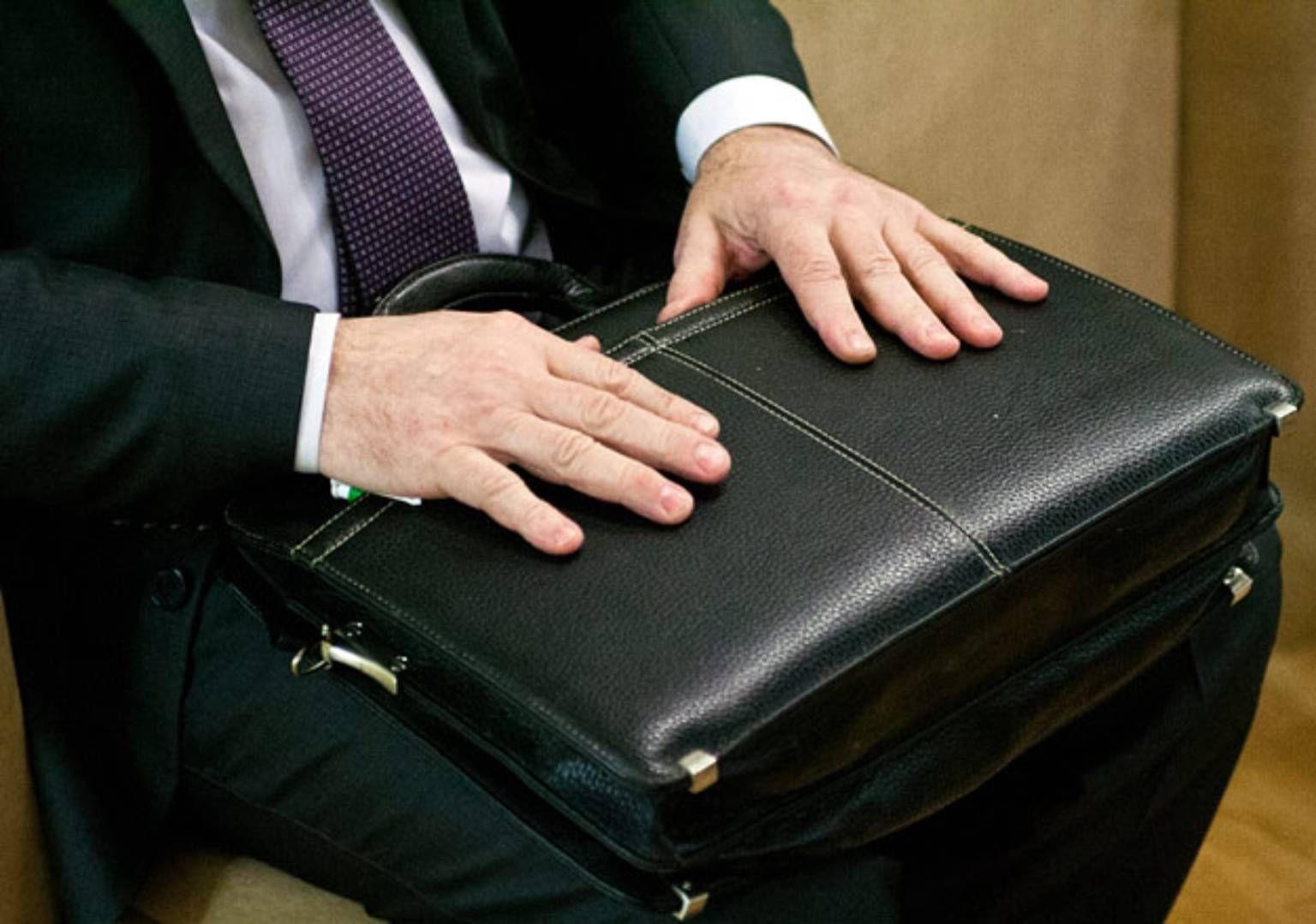 Русские чиновники, сэкономившие бюджет федпроектов, будут получать премии