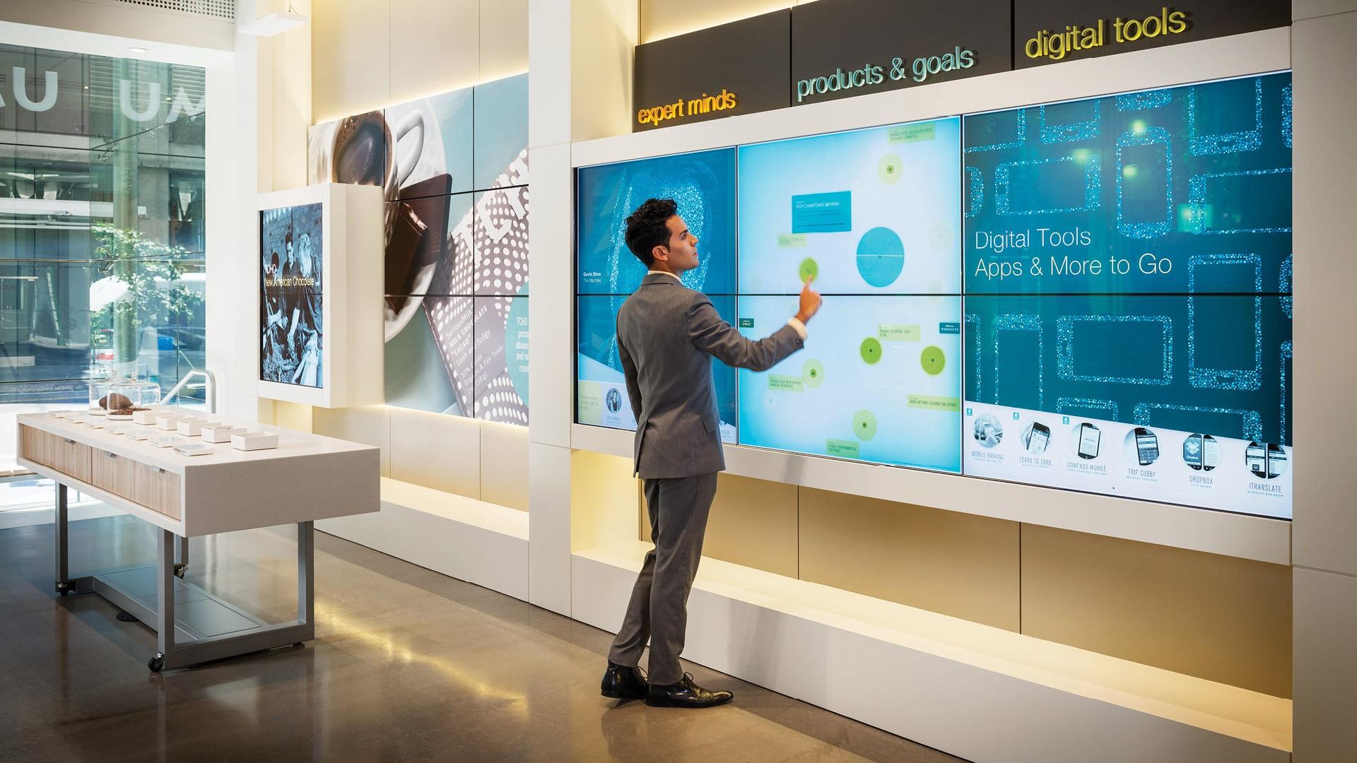 Сберегательный банк проводит тестирование технологий пораспознаванию клиентов