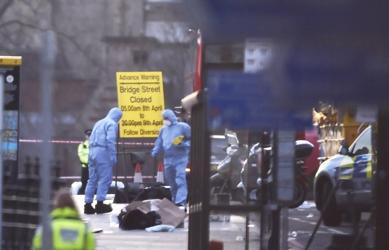 Затерактами встолице Англии стоит один человек— милиция