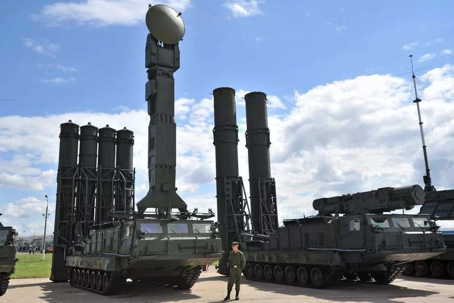 Русская армия получит гиперзвуковое оружие изенитную ракетную систему С-500