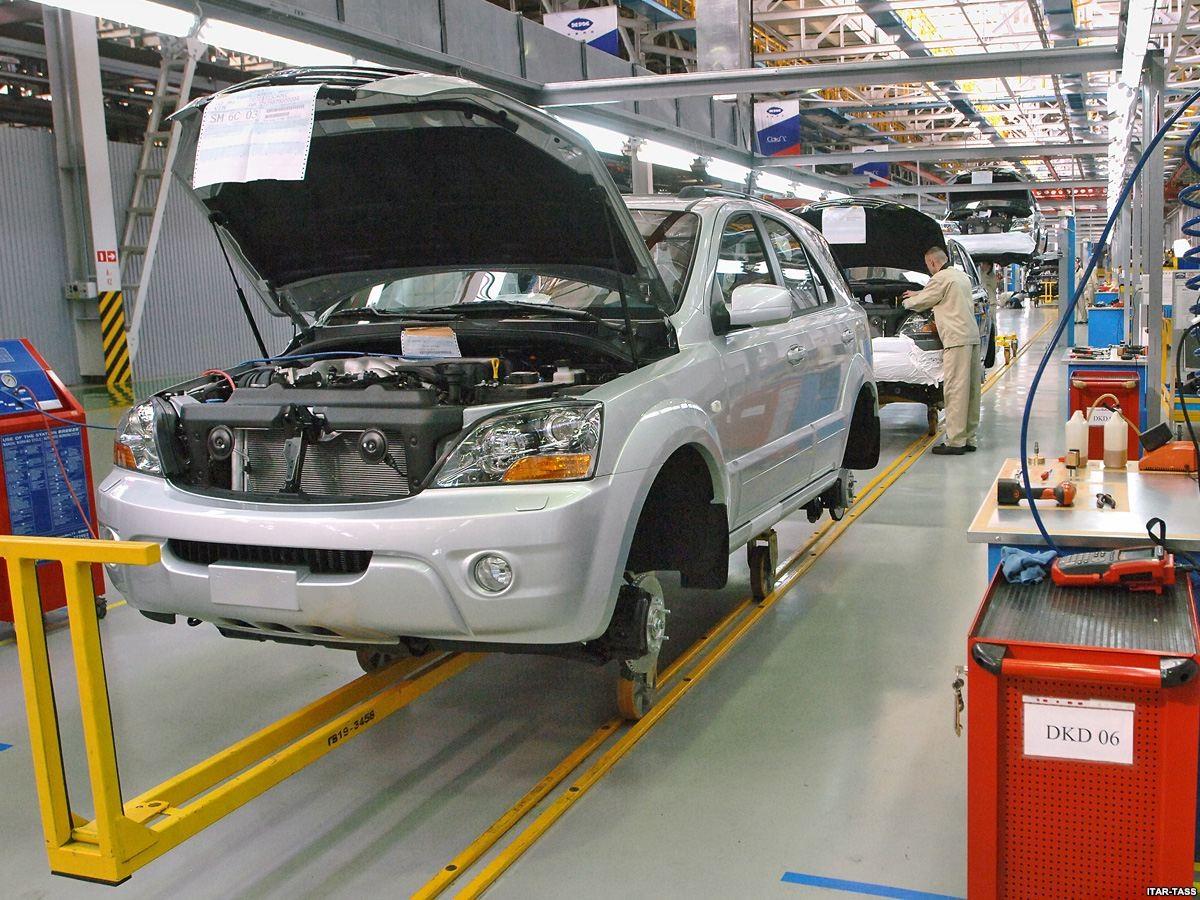 Ижевский автомобильный завод ссамого начала текущего года увеличил выпуск авто на25%