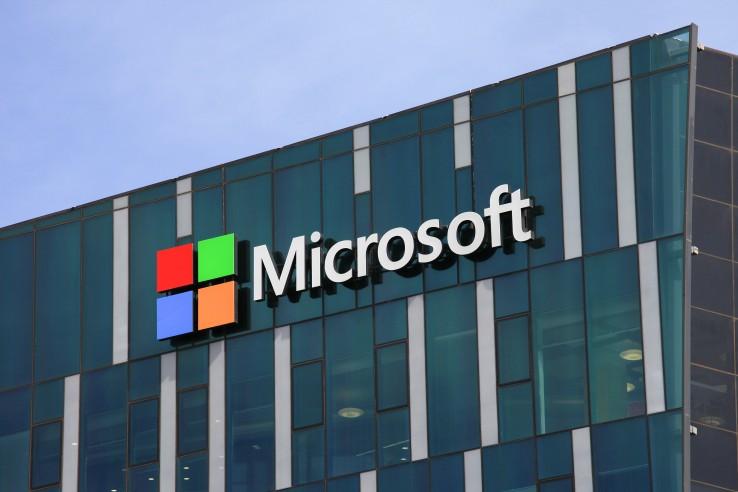 Microsoft получила очередной патент нагнущийся мини-ноутбук
