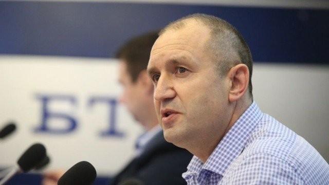 ВБолгарии начались досрочные парламентские выборы
