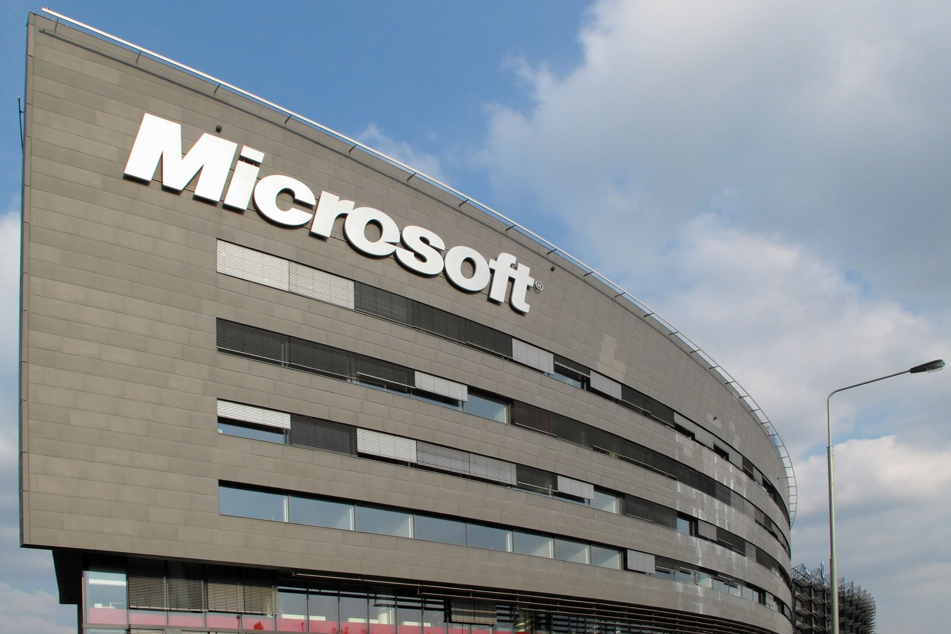 Microsoft теряет доверие из-за Windows 10