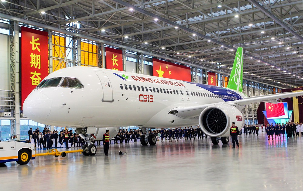 Китайский реактивный авиалайнер С919 готов киспытательному полету