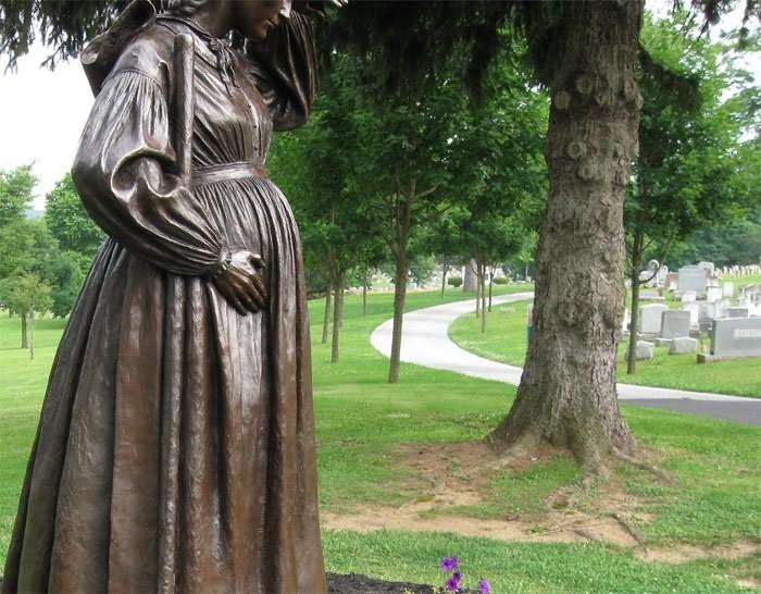 Как беременным ходить на кладбище