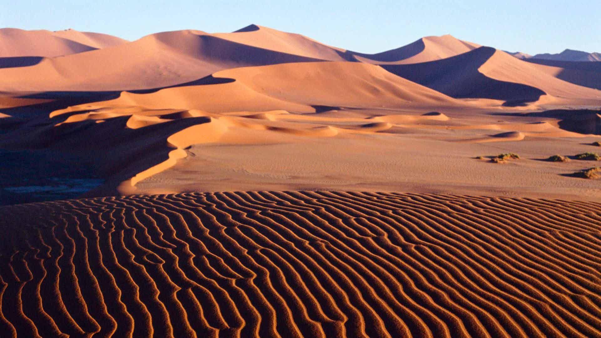 Астрономы отыскали таинственные дюны наспутнике Сатурна