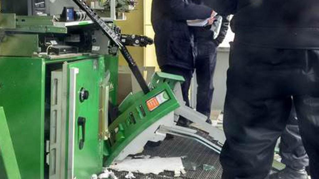 ВЕкатеринбурге отправили зарешетку разбойников, взорвавших банкомат