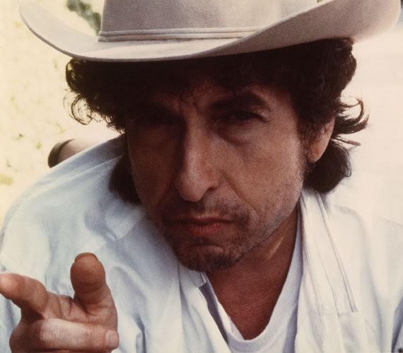 Боб Дилан получит Нобелевскую премию на собственных условиях