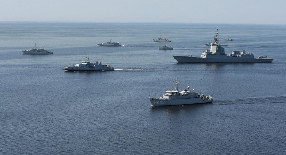 Генштаб назвал корабли США вЧерном море угрозой