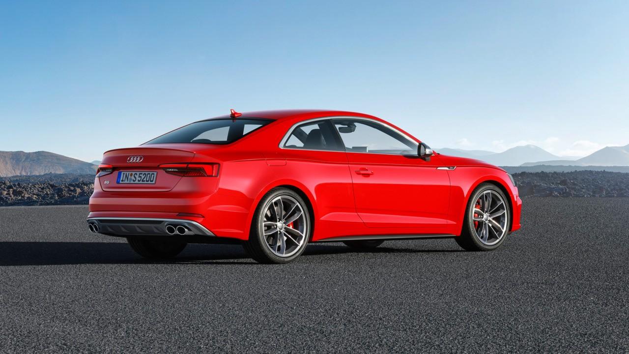 Ауди представила новый купе A5 Coupe 2017