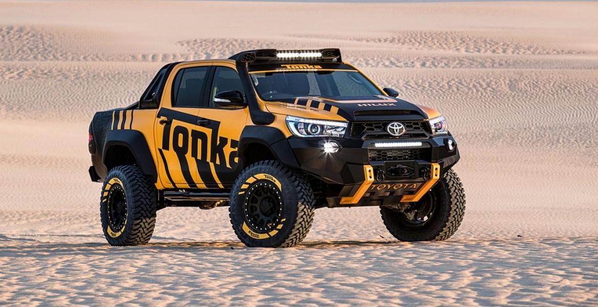Тойота ипроизводитель игрушек создали спецверсию Hilux
