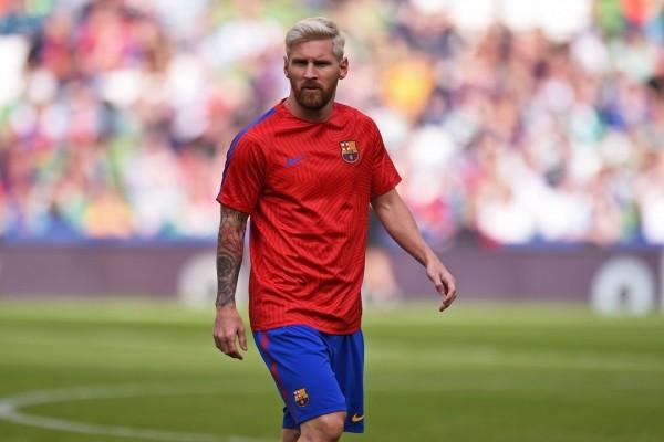 Месси обратился списьмом вФИФА, принеся извинения за брань