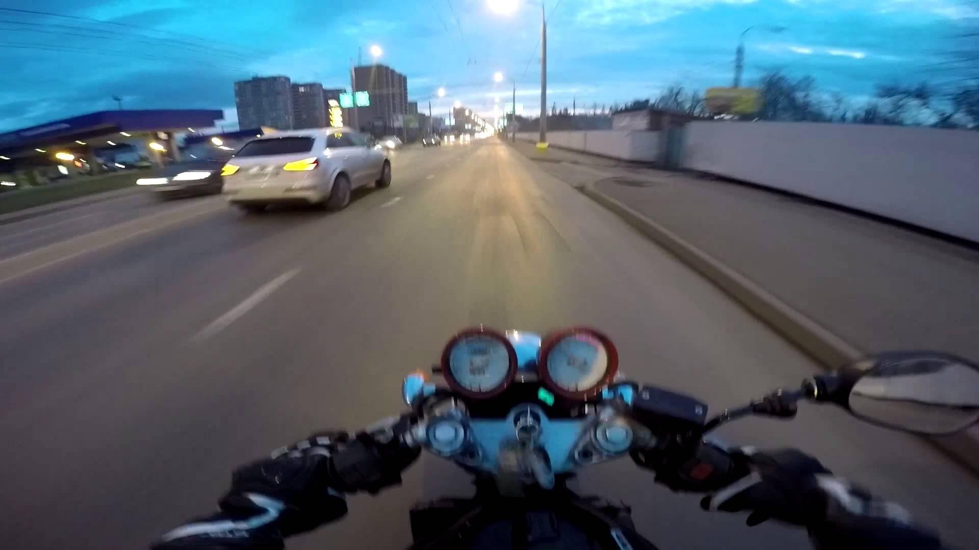 ВГИБДД столицы посоветовали стритрейсерам устроить гонки натрассе