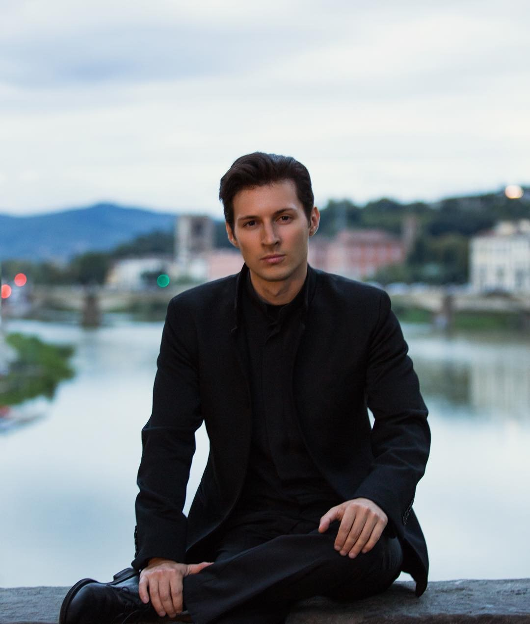 Павел Дуров обвинил Apple вмедлительности