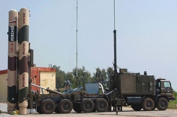 Индия испытала ракету «БраМос» с увеличенной дальностью полета